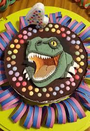 dinosaurier torte t rex motivtorten fotos forum chefkoch de