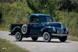 1941 Ford Deluxe Pickup (11C-83)