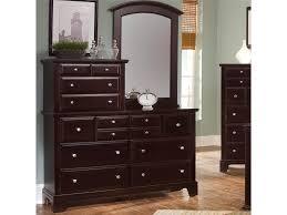 Vaughan Bassett Triple Dresser by Vaughan Bassett Hamilton Vanity Dresser With 10 Drawers Belfort
