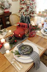 35 Best Christmas Table Settings
