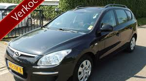 Hyundai i30 CW 1 6I ACTIVE COOL BJ 8 2009 Parkeerschade