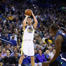 NBA Golden State Warriors Besiegen Minnesota Timberwolves