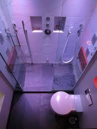 bauhaus 1 bathroom minimalistisch badezimmer vancouver