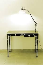 bureau de clerc olivier le clerc mobilier et luminaires bureau acier porcelaine