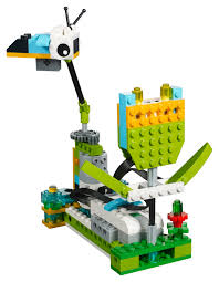 100 Lego Recycling Truck LEGOs WeDo 20 Robotics Kit Teaches Science And Engineering