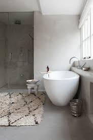 modernes bad in grau und weiß mit bild kaufen 13176839