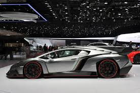 2013 Lamborghini Veneno Side Profile