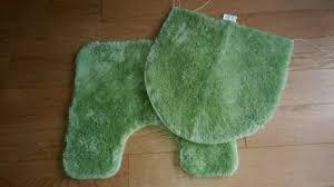 badezimmergarnitur grün neuwertig vorleger badezimmermatte grün