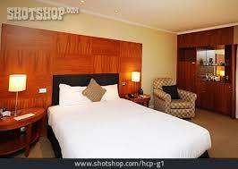 zimmer schlafzimmer hotelzimmer lizenzfreies bild hcp g1
