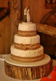 Spackled Ivory Buttercream With Burlap Ribbon Wedding Cake Kittiskakes