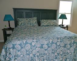 Ana White Headboard Plans by Ana White Headboard Out Of A Door Diy Projects