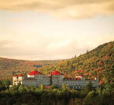 Christmas Tree Inn Spa Nh by Where To Stay In New England For The Fall Foliage Season