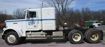 1988 Freightliner FLC-64T Semi Truck | Item D2366 | SOLD! Ap...