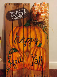 Fall Pallet Decoration