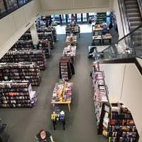 Barnes & Noble Portland OR