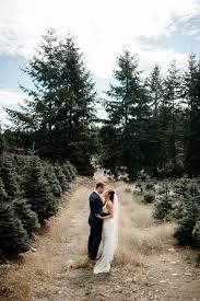 Broadview Christmas Tree Farm Wedding by Venue Highlight The Lodge At Trinity Tree Farm U2014