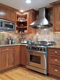 Kitchen Backsplash Ideas With Dark Oak Cabinets by Kitchen Backsplash Ideas With Oak Cabinets Yellow Valance Wooden