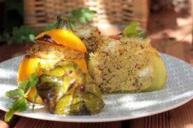 cuisiner courgette ronde courgettes rondes farcies aux céréales et à la féta végétarienne