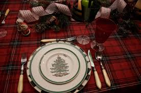 Spode Christmas Tree Gold by Entertaining Women A Pleasure To Serve At Christmas