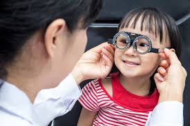 Schedule a Pediatric Optometrist Appointment Before the New School