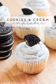 Cookies And Cream Cupcakes With Oreo Frosting