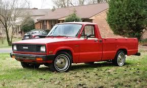 100 Diesel Small Truck Sweet OilBurner 1984 Mazda B2200