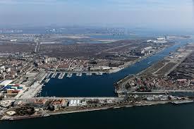 port port louis du rhône toutes les informations sur le port