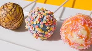 cake pops kuchen am stiel cake pops mit verpoorten original eierlikör
