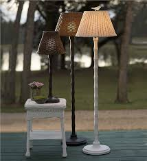 Wicker Outdoor Floor Lamp