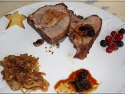 comment cuisiner cuissot sanglier cuissot de sanglier sauce aux poivres recette ptitchef