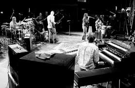 File:Derek Trucks Band With Susan Tedeschi.xas.jpg - Wikimedia Commons The Derek Trucks Band Higher Ground Susan Tedeschi Band Fronted By Husbandwife Warren Haynes To Depart Allman Wikipedia At The White House Keeps A Real Clean Act Boston Herald Review Photos W Jerry Douglas 215 Boca Raton Florida 15th Jan 2017 And Road Grammys 128 Brad Medium Music Works Songlines 2006 Avaxhome Talks Shocking Dark Situation Following Butch