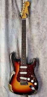 Fender Custom Shop 1964 Reissue Heavy Relic Stratocaster 3 Tone Sunburst
