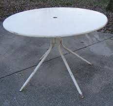 Meadowcraft Patio Furniture Glides by Vintage Round Metal Yard Patio Table Furniture Patio Table