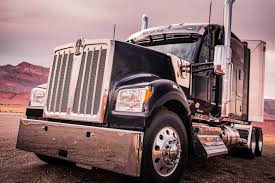 Kenworth Debuts The W990 | Fleet Owner