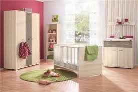 chambre tinos autour de bébé chambre tobias avec lit 70x140 cm badbouille