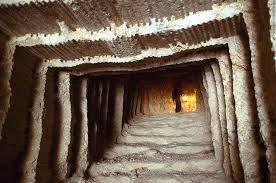 la chambre secrete les célèbres sculptures du mont rushmore cachent un secret