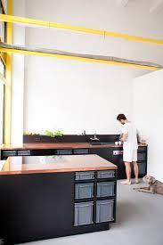 bauhaus oder was die berlin studio kitchen im coolen