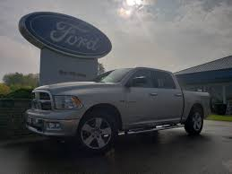 Pre-Owned 2009 Dodge Ram 1500 SLT 4D Crew Cab In The Milwaukee Area ...