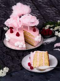 kokos himbeer torte mit baiser buttercreme