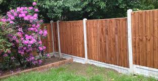 Decorative Garden Fence Panels by Building A Garden Fence Building Bamboo Garden Fence Using Gabion