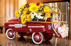 Vintage Firetruck Party Toy With Mini Favor Bags