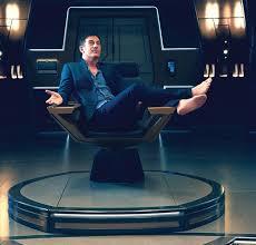 Star Trek Captains Chair by Star Trek Discovery U0027 Captain On The Bridge Sciencefiction Com