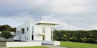 100 Richard Meier Homes Creates A Striking Minimalist Home In The