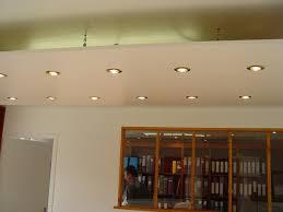 brico création d un faux plafond avec ruban led et spots faux