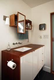 bathroom follow up chezerbey