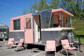 Charles Phoenix On Twitter 1960 Holiday House Travel Trailer Is A Mid Century Mod Masterpiece Tco VN45P2WOfU