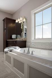 Tiling A Bathtub Skirt by Best 25 Drop In Bathtub Ideas On Pinterest Drop In Tub Bathtub