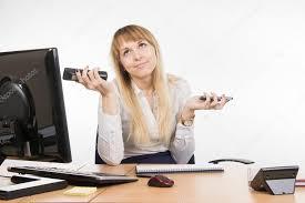 comment repondre au telephone au bureau la secrétaire ne sait pas comment répondre à un appel de téléphone