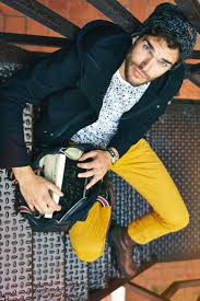 Mens Yellow Pants Outfits 35 Best Ways To Wear