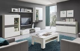 innenarchitektur wohnzimmer schwarz weis grau geräumiges
